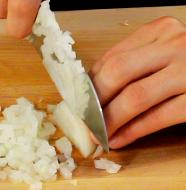how to chop and onion